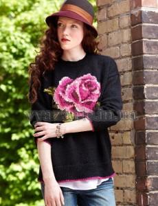 Пуловер с розочкой