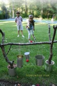 Игра с клубочками пряжи
