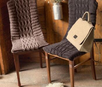 Чехлы на стулья с узором из «кос»